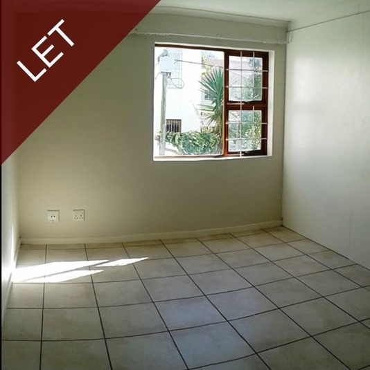 1 Or 2 Bedroom Apartment For Rent: 2 Bedroom Apartment / Flat To Rent In Kenilworth